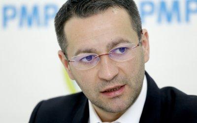 Deputatul Adrian Todoran: Angajăm pensionari de lux sau dăm o şansă tinerilor?