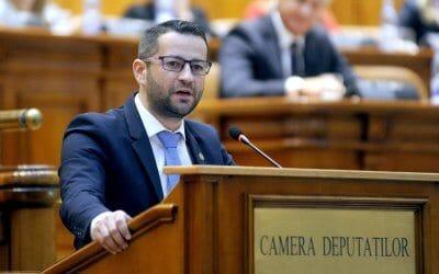 """Deputatul Adrian Todoran: """"Bătaie de joc pentru 17 copii din Borşa şi familiile acestora. Autorităţile se folosesc în fals de semnăturile părinţilor pentru a-i muta pe elevi la o altă şcoală"""""""